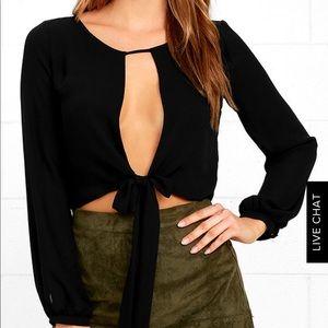 Black, long sleeve crop top